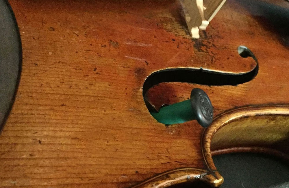Understanding Humidity and Stringed Instruments