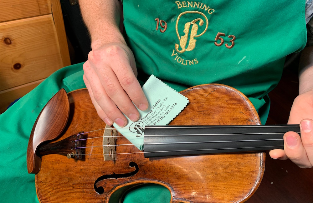 Clean your Violin, Viola or Cello from Home