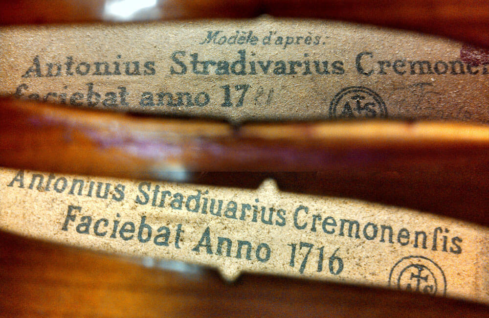 The-Stradivarius-Violin-Label--What-it-Means.jpg