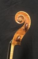 Joseph-Grubaugh-Sigrun-Seifert-violin-scroll